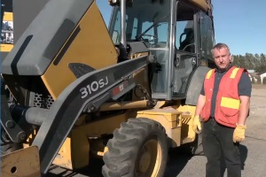 Intro to Loader Backhoes Spanish DVD 1