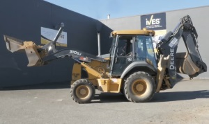 Intro to Loader Backhoes Spanish DVD 2